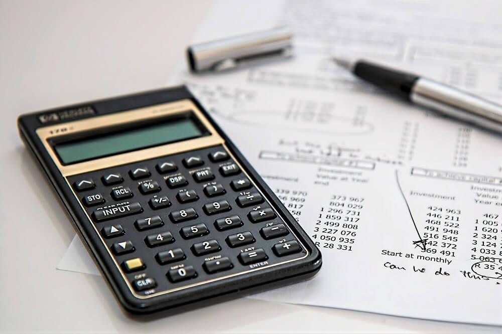 テレワーク実施時の経費、どこまで企業が負担する?